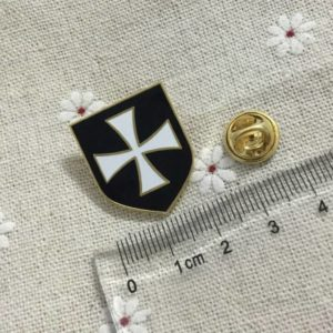 Army Crusader Knights Templar pin
